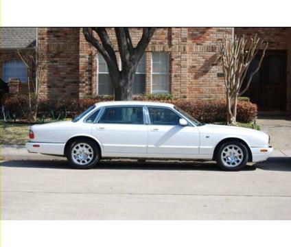 DEM's 2000 Jag XJ-V8-L
