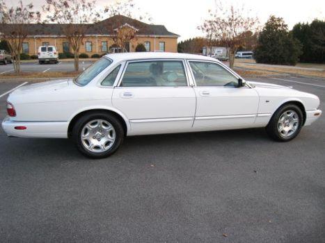 My Jaguar touring sedan 2000 XJ-V8-L