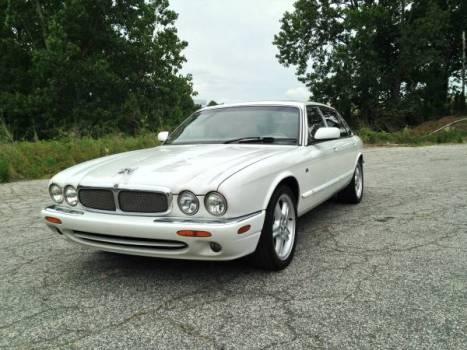My Jaguar XJ-V8