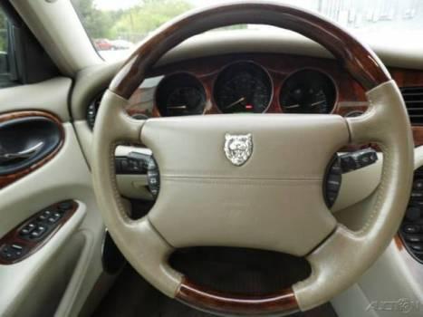 Steering Jaguar