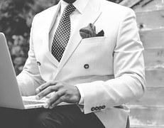 suit-869380__180